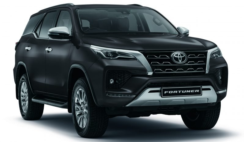 Toyota Fortuner 2.8 GD6 RB AT full